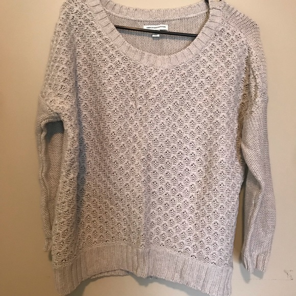 American Eagle Outfitters Sweaters - American eagle knit sweater!